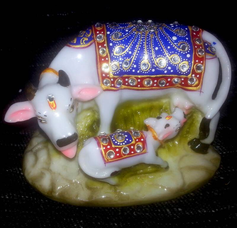 Cow with Calf decorated with Imitation Diamonds 5
