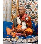 Srila Prabhupada in New York, Playing Kartals on Blue Vyasasana